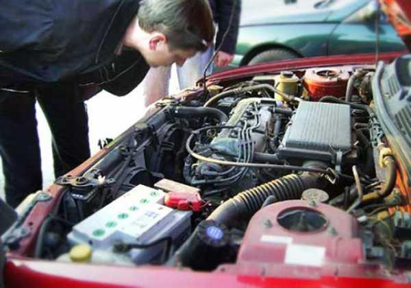 Выжимаю сцепление глохнет машина – Глохнет двигатель при торможении когда водитель выжимает сцепление